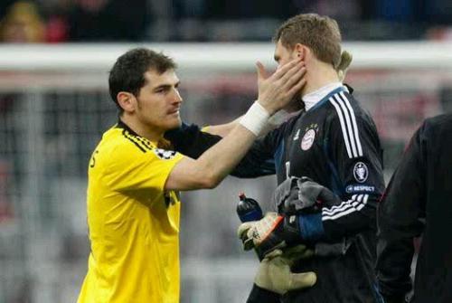 Neuer y Casillas en las semifinales de la Champions 2012. Foto:twitter.com