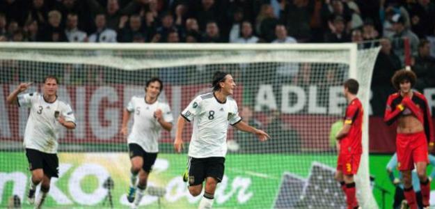 Ozil con Alemania. Foto: lainformacion.com