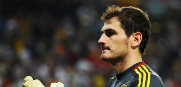 Casillas lleva 6 años sin encajar un gol en un cruce. Foto:twitter.com