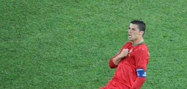 Cristiano Ronaldo celebra un gol en la Eurocopa 2012 con Portugal