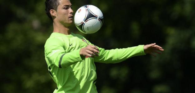 Ronaldo, muy criticado con Portugal. Foto:twitter.com