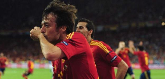 David Silva celebra su gol ante Italia en la final de la Eurocopa 2012