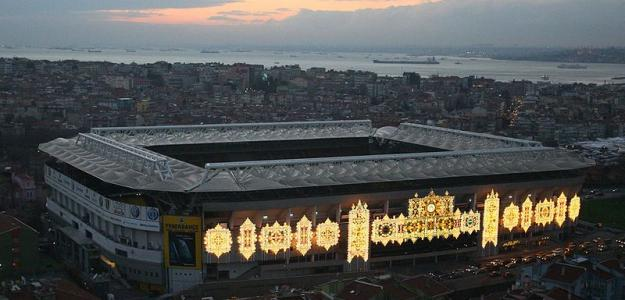 Estadio Şükrü Saracoğlu
