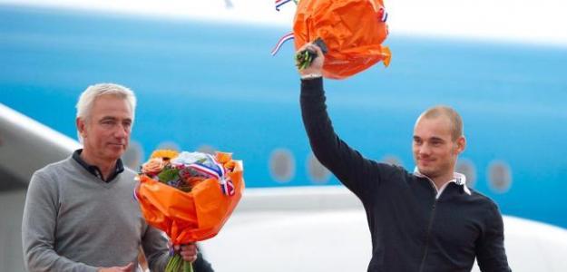 Van Marwijk utiliza a Sneijder de enganche. Foto:lainformacion.com/EFE
